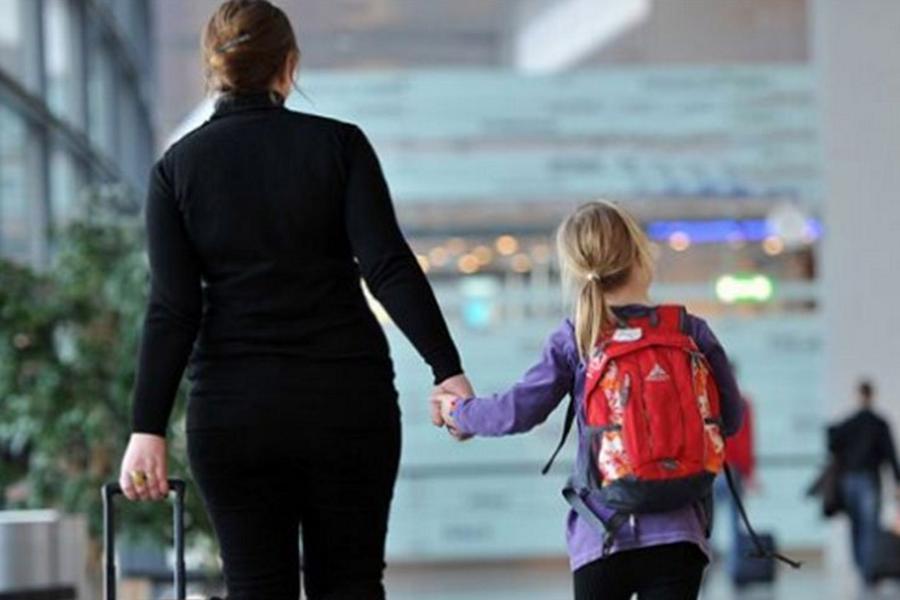 Read more about the article Menores de 16 anos poderão viajar com autorização feita na internet